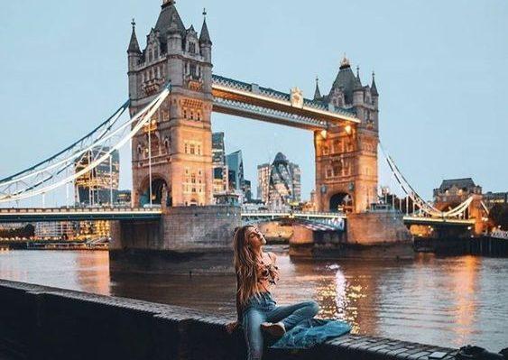 ve may bay di london gia re
