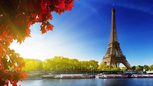 Vé máy bay đi Pháp chặng bay Tp Hồ Chí Minh – Paris